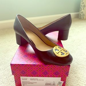 Tory Burch, size 8 black leather pumps